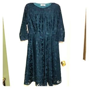 Yise lace green dress